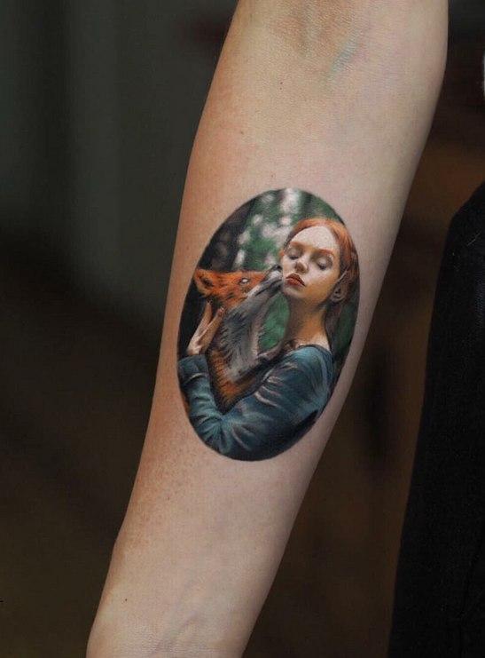 Татуировка Портрет на предплечье руки. Миниатюра.
