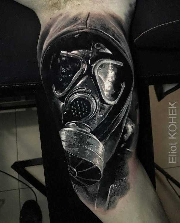 Фотогалерея работ Eliot Kohek. Хоррор татуировки.