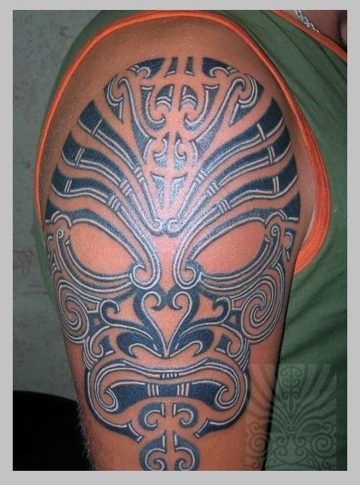 Значение татуировки маска